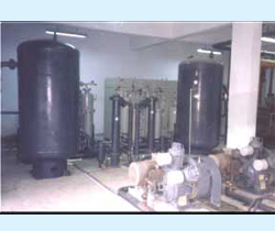 Compressed air / gas dryers
